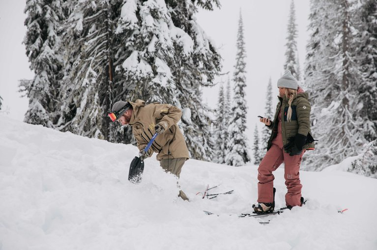 Why You Should Take an Avalanche Safety Course - Shovelling