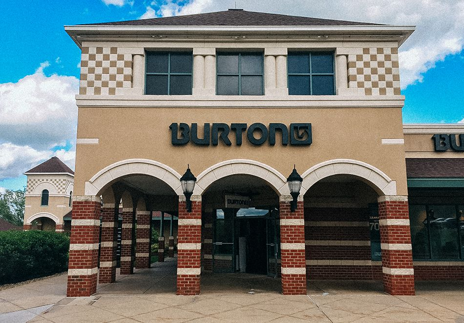 Burton Outlet – Grove City