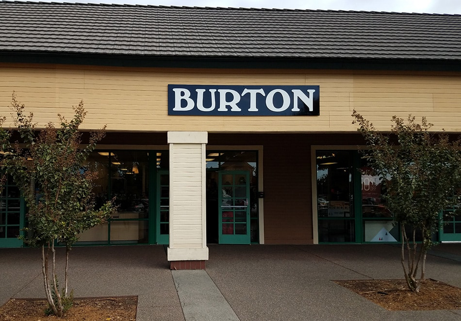 Burton Outlet — Vacaville