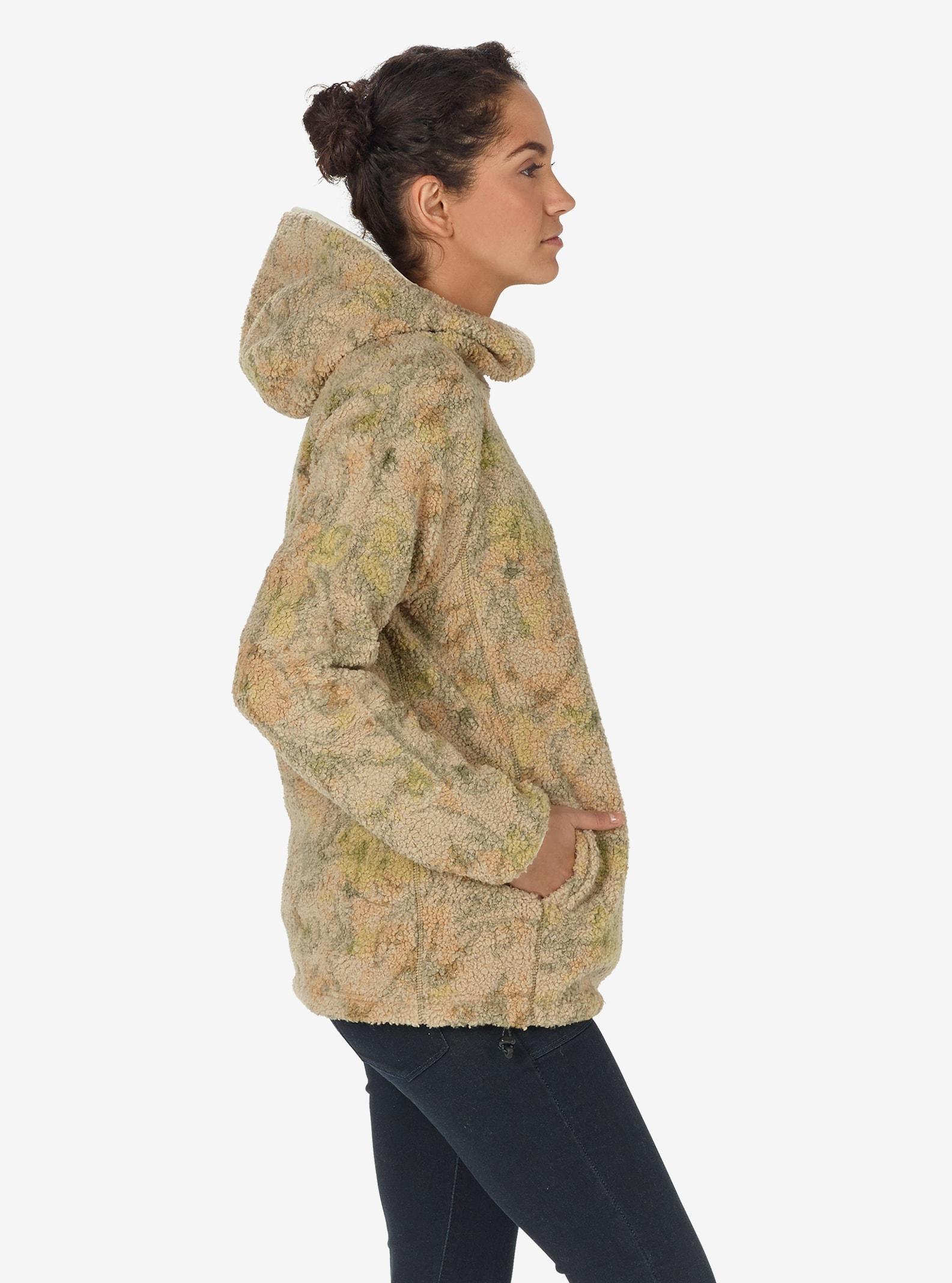 Women's Burton Lynx Pullover Fleece shown in Tapestry Camo