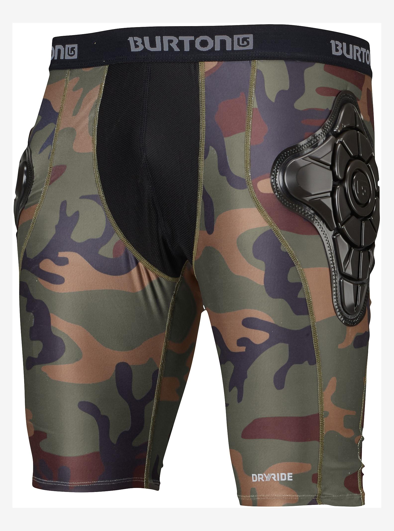 Burton Total Impact Shorts, geschützt durch G-Form™ angezeigt in Highland Camo